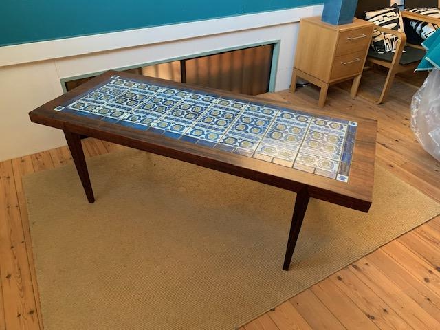 タイルテーブル1(ローズウッド)